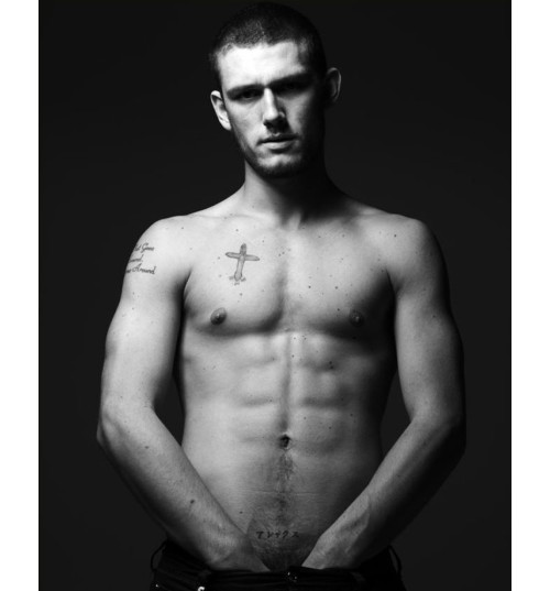 alex pettyfer for burberry. Alex Pettyfer 500x537